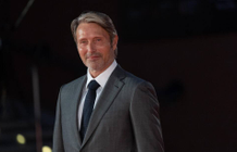Mads Mikkelsen had no contact with Johnny Depp