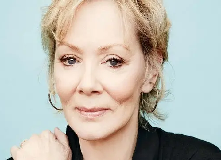 Jean Smart Biography Famousbio Check out couple comparison to know about their age, birth place, net worth, salary, height, weight, ethnicity, nationality, profession, lucky numbers etc. jean smart biography famousbio