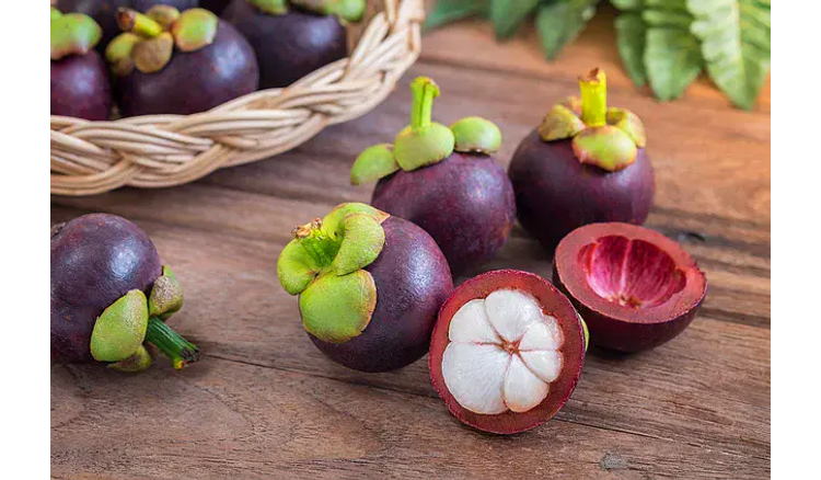 20 Fruits With Interesting Forms And Flavors Growing In Asia That Will Cause Your Teeth To Glare When You See It