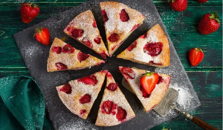 How to make Sour cream pie with strawberries