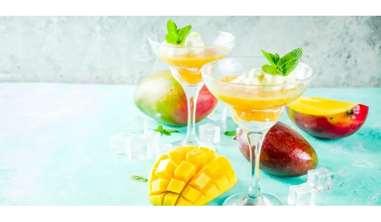 Mango-pineapple cocktail with vodka
