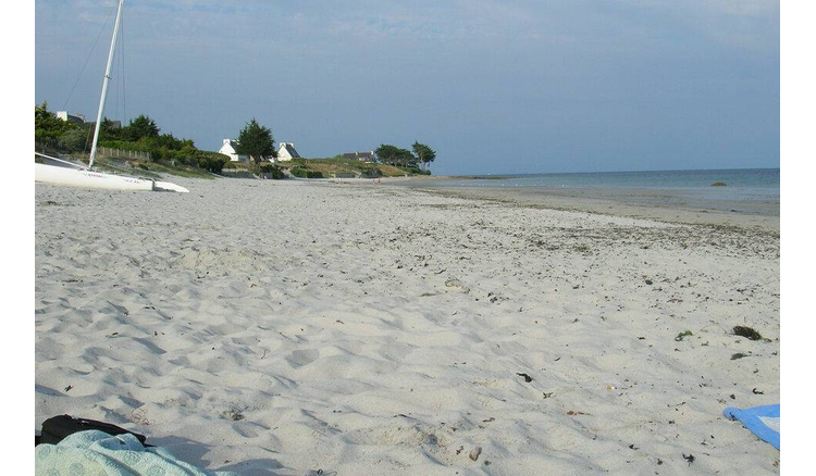 The fuel oil discovered on a beach in Brittany was not