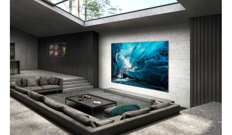 Samsung promises cheaper TV after $ 156,000