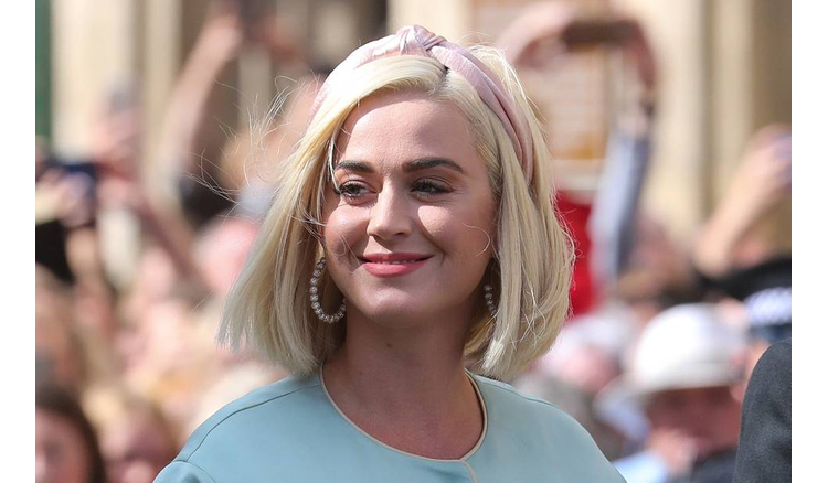 Katy Perry and Ellen DeGeneres are in Celebs' Threads